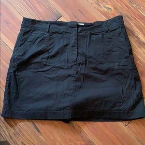 Kim Rogers black skort size 12P